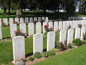 Hawthorn Ridge No. 2 Commonwealth War Graves Commission Cemetery - Image: Beaumont Hamel terre neuvien Tombes
