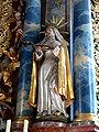 Bergatreute Pfarrkirche Hochaltar Figur rechts Katharina von Siena.jpg