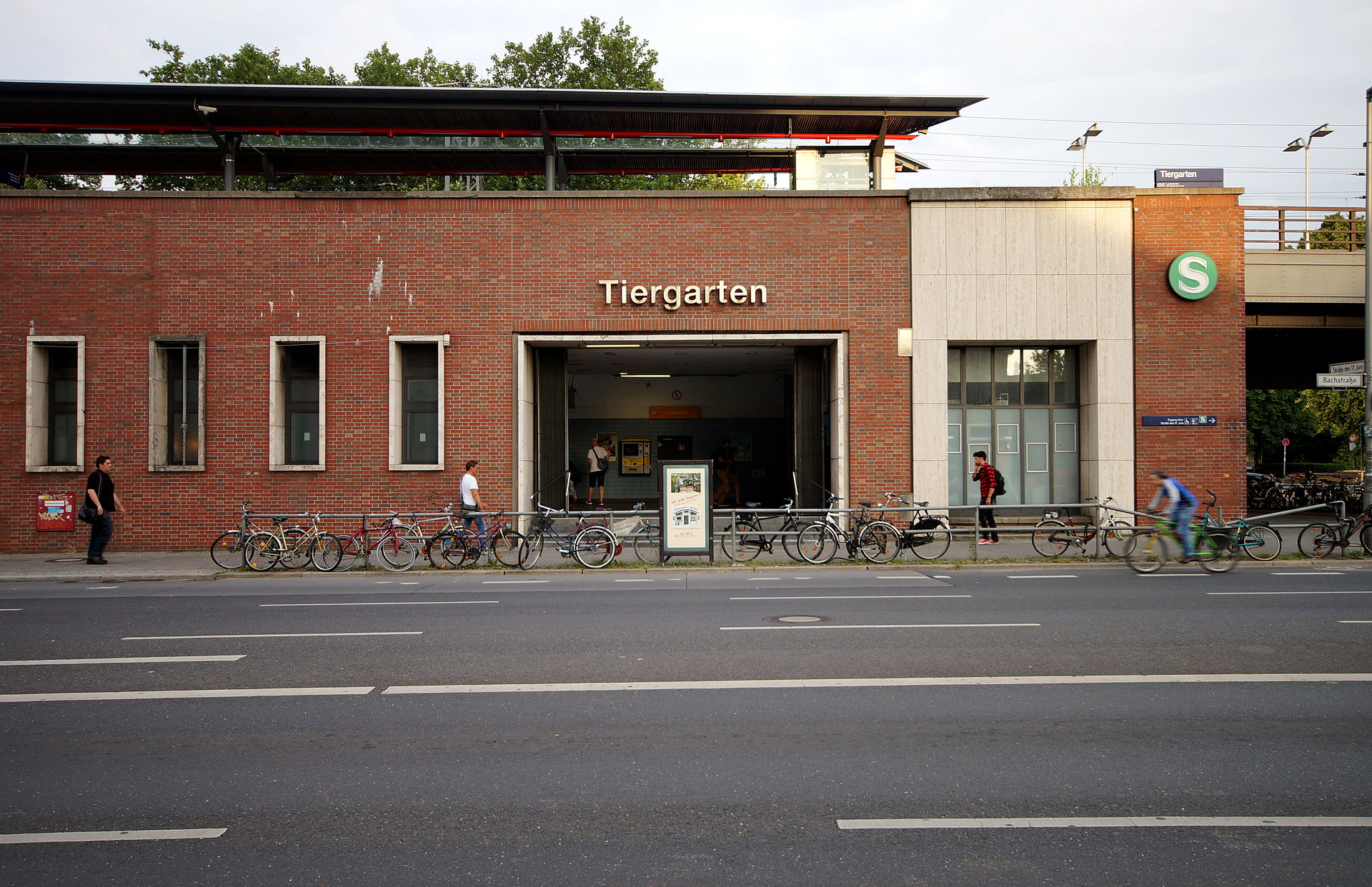 bahnhof berlin tiergarten wikipedia. Black Bedroom Furniture Sets. Home Design Ideas