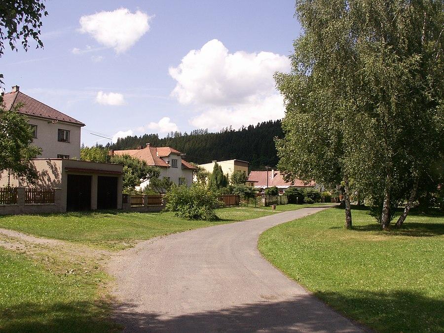 Bezděkov (Havlíčkův Brod District)