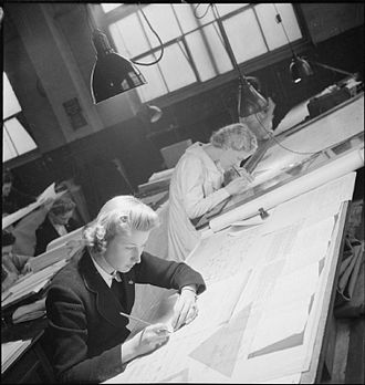 Handley Page Halifax - Personnel in the Handley Page drawing office working on the Halifax bomber