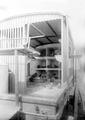 Blick in den mobilen Brieftaubenwagen - CH-BAR - 3240824.tif