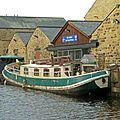 Boat at Sowerby Bridge Wharf (8217647625).jpg