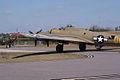 Boeing B-17G-85-DL Flying Fortress Nine-O-Nine Landing Taxi 20 CFatKAM 09Feb2011 (14983566582).jpg