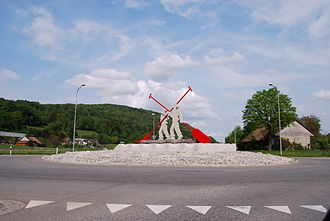 Boningen - Traffic circle and hills around Boningen