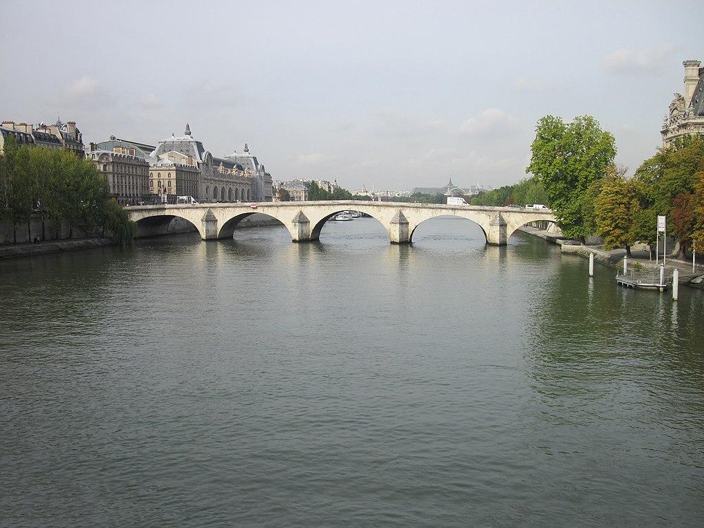 Bridge Pont Royal.JPG
