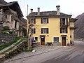 Brione, Verzasca. 2006-04-23 15-42-06.jpg