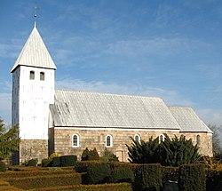 Bryndum Kirke nær fra syd.JPG
