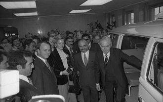 Minister President of Lower Saxony - Ernst Albrecht, (second from left) seen here during a 1978 visit by King Hussein of Jordan to the Volkswagen plant in Wolfsburg, was Lower Saxony's sixth Minister President.
