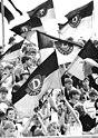 Bundesarchiv Bild 183-1989-0524-046, Dynamo Dresden - HFC Chemie 1-1.jpg