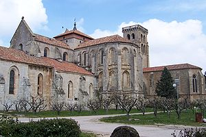 Abbey of Santa María la Real de Las Huelgas - Ambulatory and gardens of the monastery.