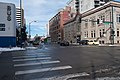Bus (23617756659).jpg