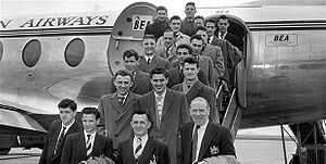 Manchester United F.C. - Image: Busby babes 1955
