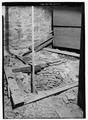 CELLAR, VIEW OF THE CISTERN WITH SCALE - Murray-Dick-Fawcett House, 517 Prince Street, Alexandria, Independent City, VA HABS VA,7-ALEX,51-11.tif