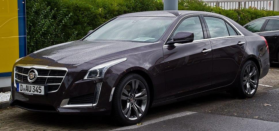 Cadillac CTS 2.0 Turbo Luxury (III) – Frontansicht, 5. September 2015, Düsseldorf