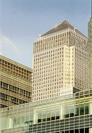 Hunter v Canary Wharf Ltd - One Canada Square, the building which triggered this case.