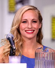 Candice Accola podczas San Diego Comic-Con International (czerwiec 2011)