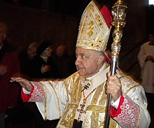 Cardinal tettamanzi in lodi jan 19th 2001.jpg