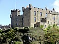 Castle Dunvegan on the Isle of Skye - panoramio.jpg