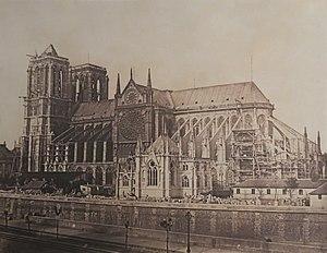 Cathédrale Notre-Dame de Paris pendant les travaux de restauration (1850).jpg