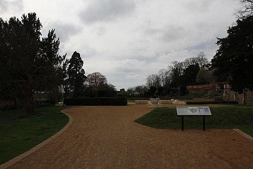 Caversham court - geograph.org.uk - 2358907