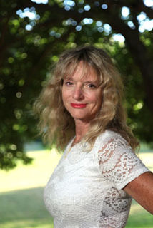Cerridwen Fallingstar American Wiccan Priestess and author
