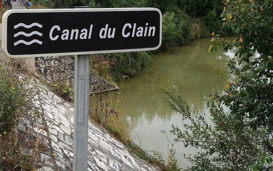 Canal du Clain Chaillé-les-Marais  Vendée, Pays de la Loire.- France