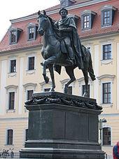 Denkmal in Weimar (Quelle: Wikimedia)