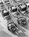 Chassis van Ford trucks opgesteld tbv assemblage, Bestanddeelnr 252-0948.jpg