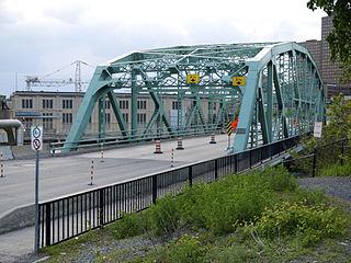 Chaudière Bridge bridge in Canada