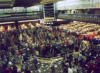 Chicago Board of Trade - Trading floor at the Chicago Board of Trade in 1993