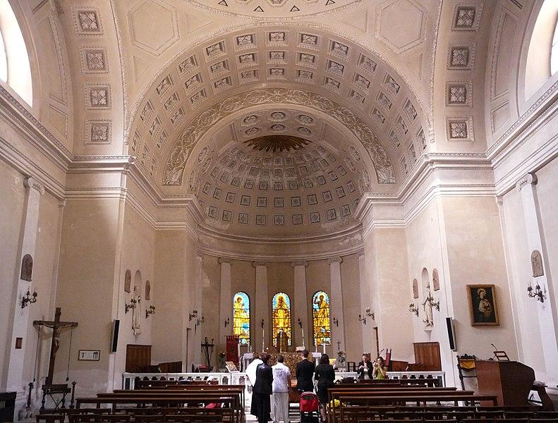 File:Chiesa San Giorgio, Interno, Livorno.jpg