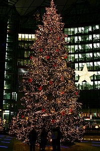 http://upload.wikimedia.org/wikipedia/commons/thumb/0/0e/Christmas_tree_on_the_Potsdamer_Platz_%28Sony_Center%29_in_Berlin%2C_Germany.jpg/200px-Christmas_tree_on_the_Potsdamer_Platz_%28Sony_Center%29_in_Berlin%2C_Germany.jpg