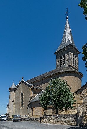 Church in Saint-Martin-de-Lenne 01.jpg