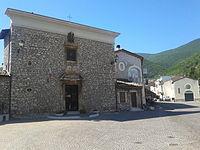 Collelongo chiesa Madonna del Rosario.jpg