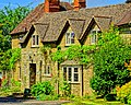 Cotswolds cottage - Flickr - Stiller Beobachter.jpg