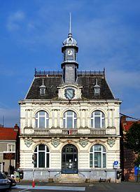 Cysoing mairie.jpg