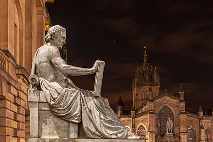 Statue of Hume by Alexander Stoddart on the Royal Mile in Edinburgh DavidHume.jpg