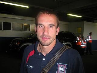 David Wright (footballer) English footballer and manager
