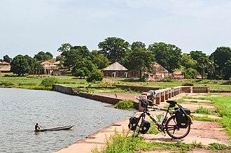 Bafatá - Image: Day 221 Bike 130612 (9290907859)