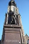 delft - statue of hugo grotius