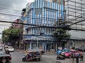 Dense overhead utility lines in Bangkok - 2.jpg