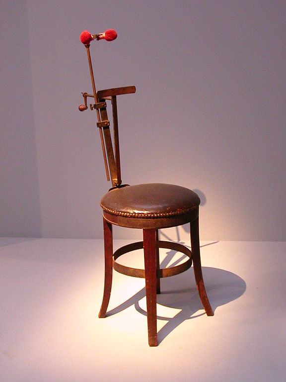 Sitting Device to hold heads during Daguerreotype exposure