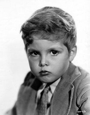 Dickie Moore (actor) - Image: Dickie Moore (1932)