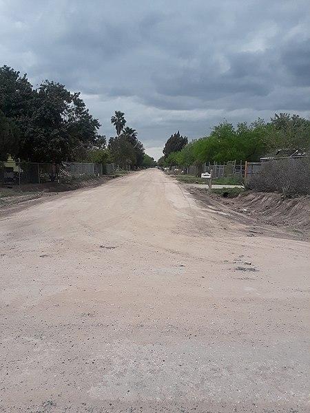 File:Dirt road texas.jpg