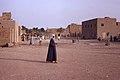 Djenné, Mopti, Mali. Près de la Grande Mosquée, tôt le matin. Date du cliché 1972-12-27.jpg