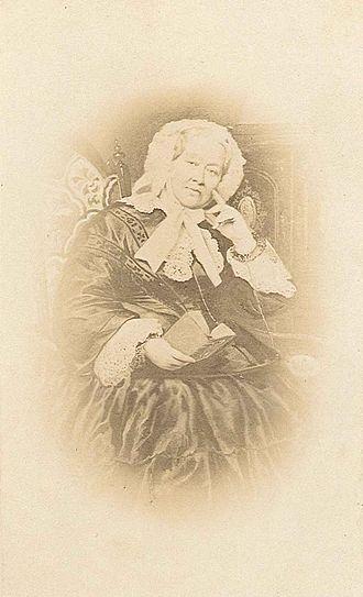 Princess Henriette of Nassau-Weilburg - Image: Duchess Henriette of Wuerttemberg, nee Princess von Nassau Weilburg (1780–1857)