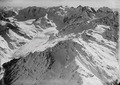 ETH-BIB-Morteratschgletscher und Bernina, Piz Palü v. N. O. aus 4200 m-Inlandflüge-LBS MH01-001513.tif