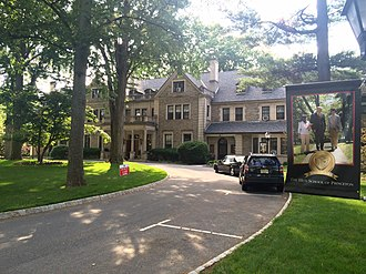 Hun School of Princeton - Edgerstoune, the administration building, built 1903 by William Russell