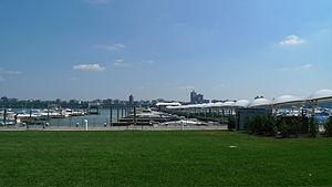 Edgewater Ferry Landing & Marina.jpg